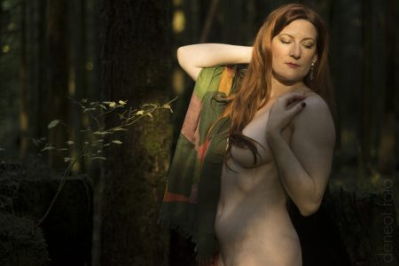 Via Rose - deneot foto - Queen of the Forest