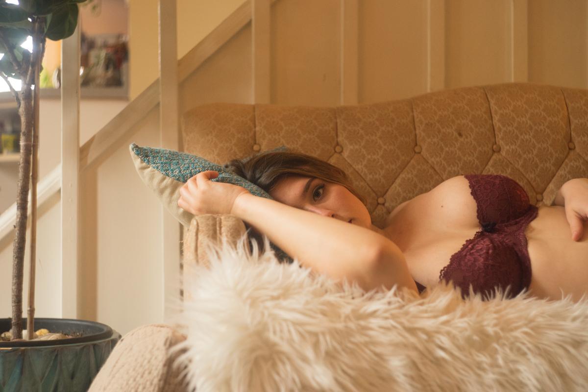 Misty Moss boudoir session - deneot foto
